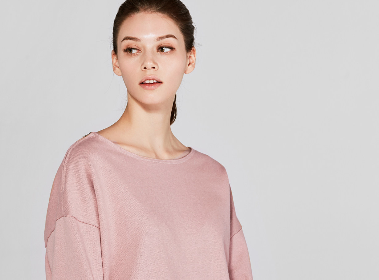 보놉 zipper off shoulder sweatshirt